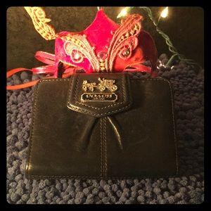 ♠️ Authentic COACH Wallet ♠️